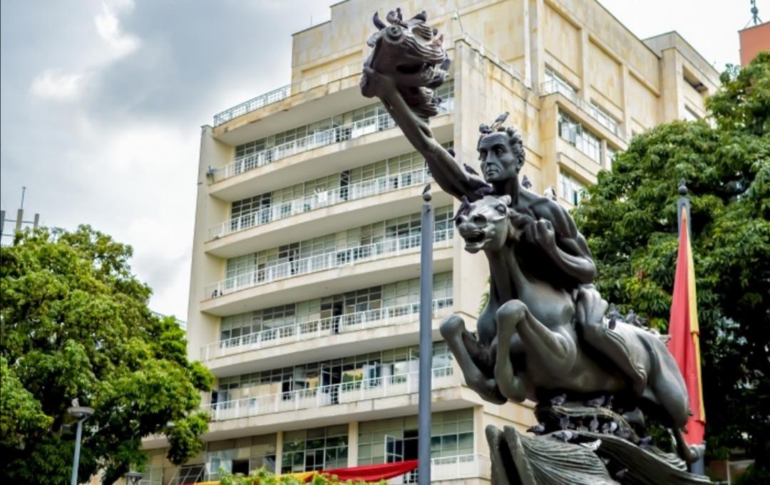 Fiscalía imputa al Jefe de Contratación de la Alcaldía de Pereira. 1