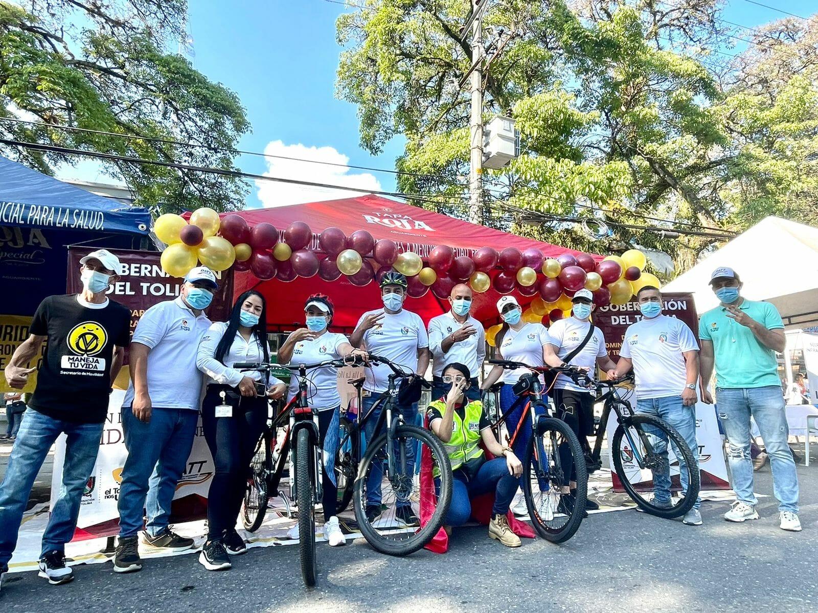 En el día sin carro y moto, la Gobernación y alcaldía atendieron 3153 personas en los encuentros comunales de los miércoles. 2