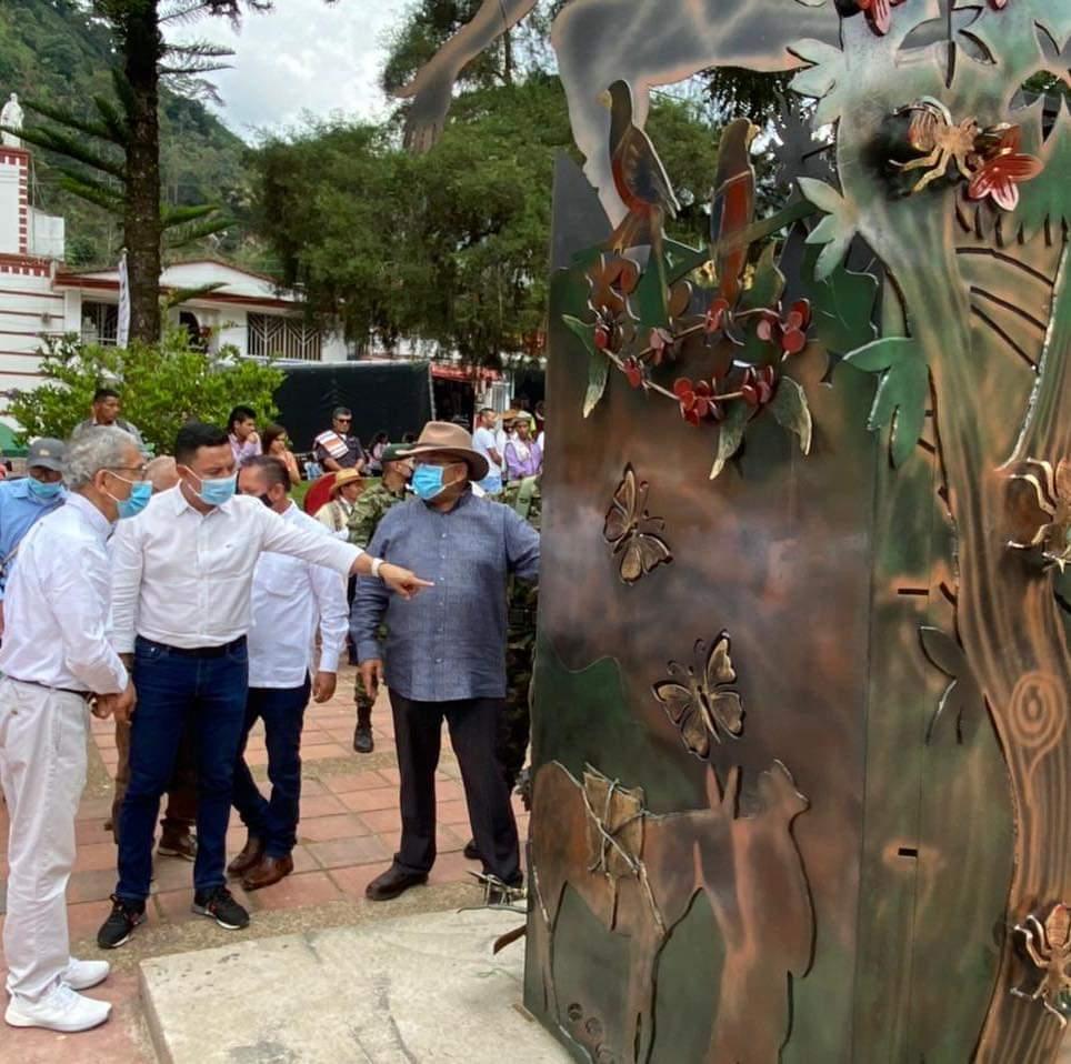 Monumento en homenaje a las víctimas y a la no repetición del conflicto armado fue inaugurado al sur del Tolima. 1